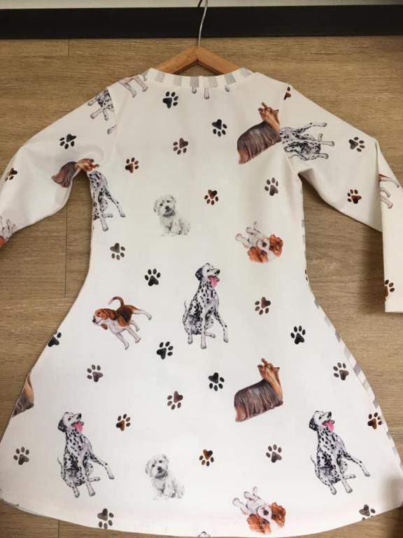 "image de l'article Robe fille ""Chien"""